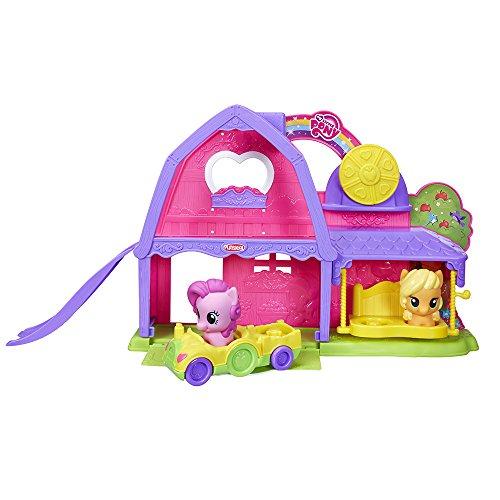 51dnpOwksrL. SS500 El tamaño de los ponis y cochecito tiene el tamaño adecuado para las manos de los más pequeños En el coche caben dos ponis Funciona con otros sets de la línea de Playskool My Little Pony