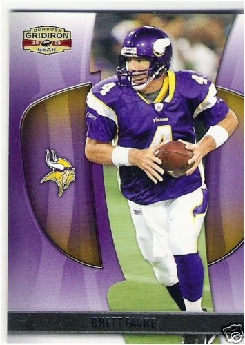 2009 Donruss Gridiron Gear #89 Brett Favre - Minnesota Vikings - One of His First Cards in a Vikings Uniform