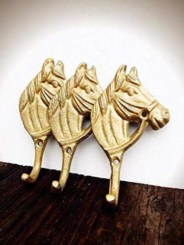 (Modern Farmhouse Style Horse Wall Hooks - Entryway Storage for Coats and Keys - Home Décor in Metallic Gold)