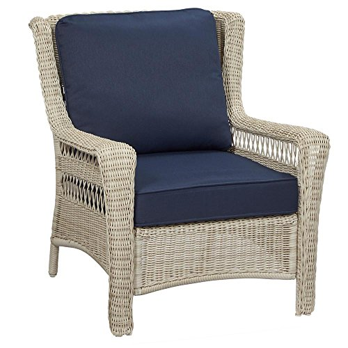 Hampton Bay Park Meadows off White Stationary Wicker Outdoor Lounge Chair with Midnight Cushion (Bay Hampton Wicker Chairs Outdoor)