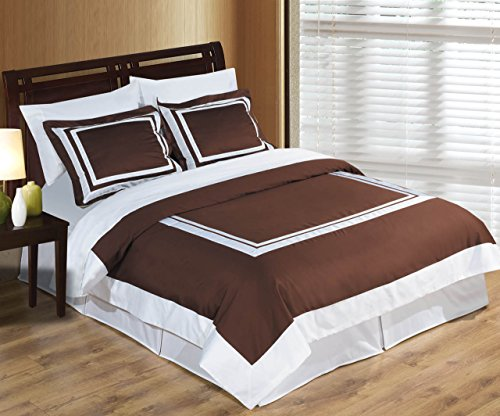 Deluxe Reversible Hotel Duvet Cover Set, 100% Cotton 300 Thread Count Bedding, woven with superior single-ply yarn. 2 piece Twin / Twin Extra-Long Size Duvet Cover Set, Chocolate and White