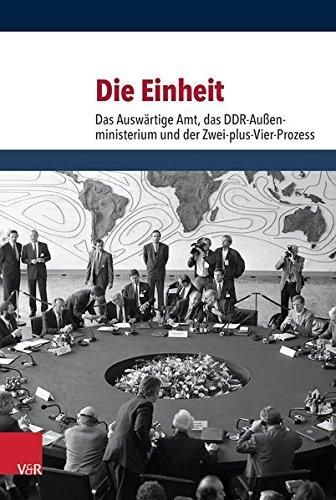 Die Einheit: Das Auswärtige Amt, das DDR-Außenministerium und der Zwei-plus-Vier-Prozess Gebundenes Buch – 19. August 2015 Horst Möller (Hg.) Ilse Dorothee Pautsch (Hg.) Gregor Schöllgen (Hg.) Hermann Wentker (Hg.)