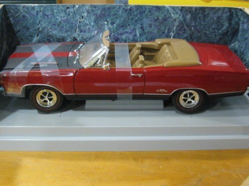 (1969 Plymouth GTX Convertible in Red & Black Diecast 1:18 Scale American Muscle Collectibles by Ertl 1997)