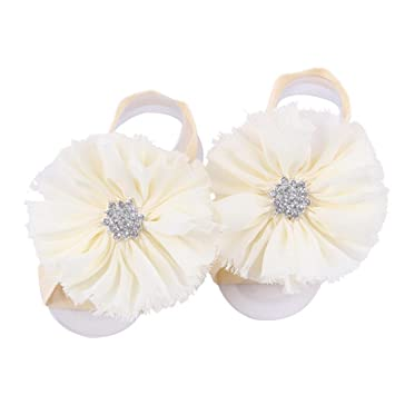 51ddbe83a Amazon.com   FEITONG 2016 1Pair Infant Pearl Chiffon Barefoot Toddler Foot  Flower Beach Sandals (Beige)   Baby