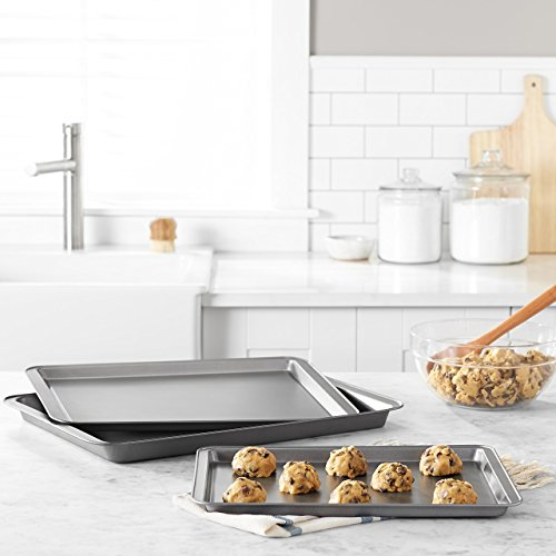 AmazonBasics 3-Piece Nonstick Baking Sheet Set by AmazonBasics (Image #1)