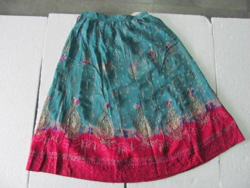 Old Handmade Embroidery Work Indian Women Skirt (Embroidery Handmade Old)