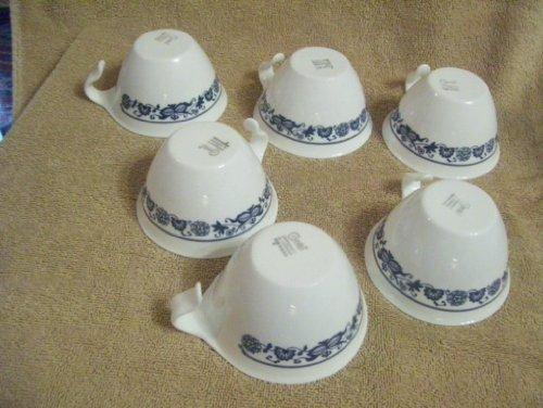 (Set of 5 Blue Onion Corelle Hook Hanndled Coffee)