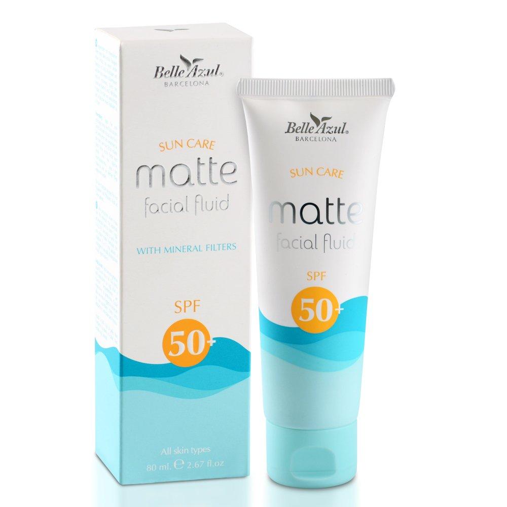 Belle Azul Sun Cream 50 pour visage SPF 50 +. Crème hydratante et apaisante, matifiant parfaitement la peau et enrichie en vitamine E et C. Simon & Tom