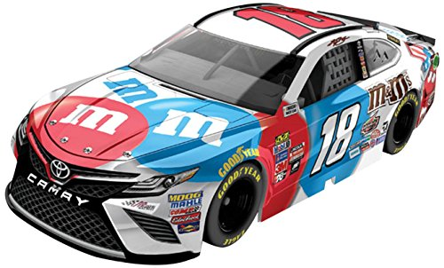 Lionel Racing Kyle Busch #18 M&M's Red White and Blue 2017 Toyota Camry 1:64 Scale Diecast Car
