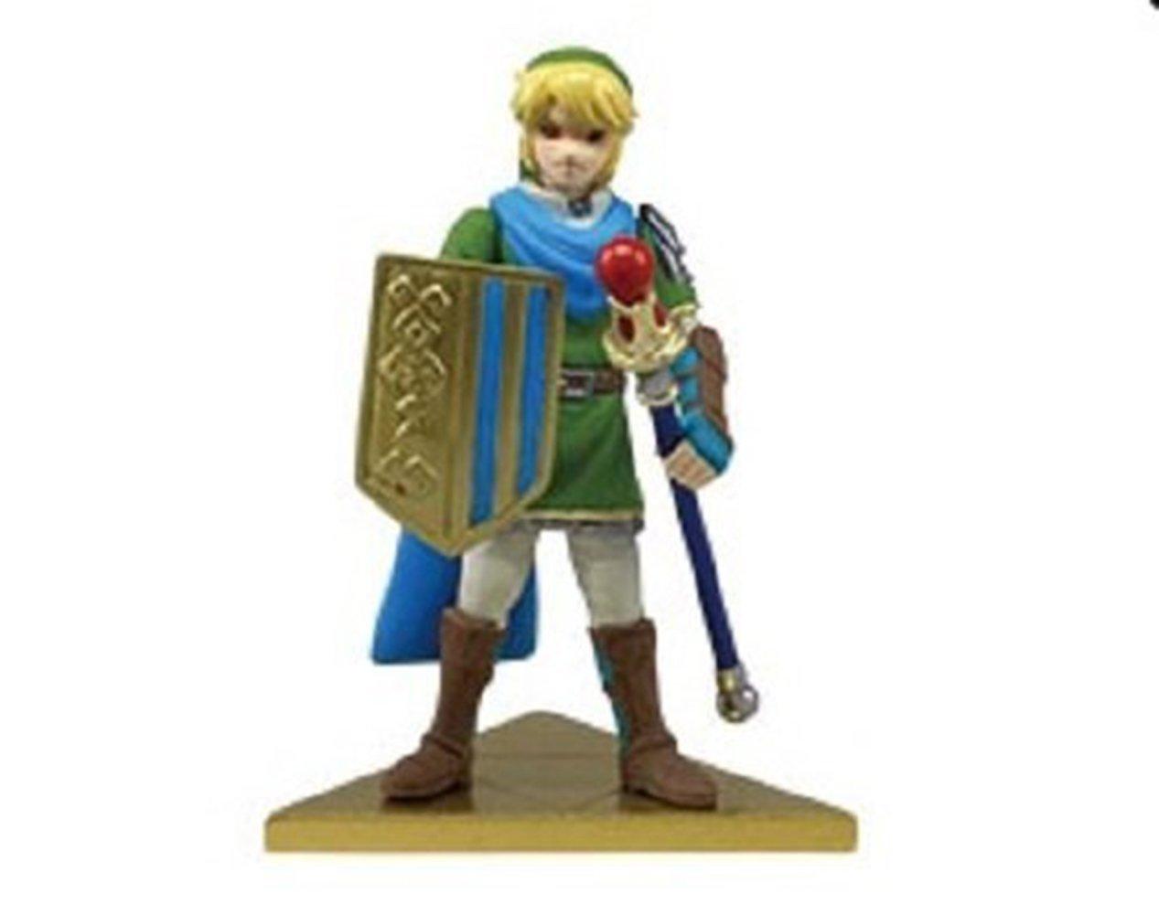 Takara Tomy ARTS Link Legend of Zelda Muso Hyrule Warriors Stand Figurine