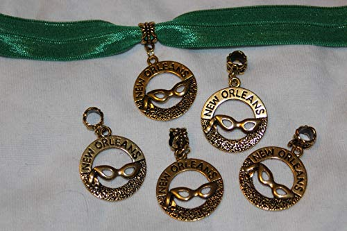 Wholesale 110 Gold Mardi Gras Mask New Orleans Dangle Charms 1 Wide Jewelry ()