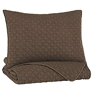 Signature Design by Ashley - Ryter Coverlet Set - Twin - Includes Coverlet & Pillow Sham - Solid Color - Brown