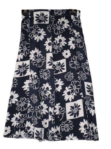 68.58 cm, für Damen Röcke in Viskose, kniehoch, Größen flaired, 8, 12, 14, 16, 18, 20, 22, 24 - navy medium flowers