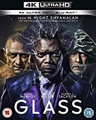 M. Night Shyamalan brings together the narratives of two of his stand-out originals-Unbreakable and Split-in one explosive comic-book thriller. Following the conclusion of Split, David Dunn (Bruce Willis) pursues Kevin Wendell Crumb's superhu...