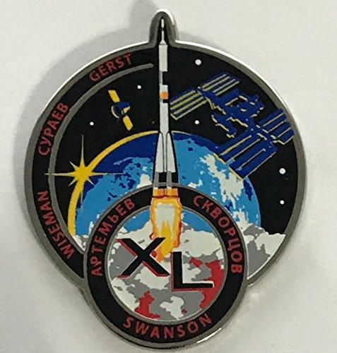 - NASA Expedition 40 Lapel Pin