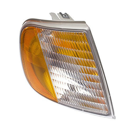(CarPartsDepot 97-03 Ford F150 Turn Signal Lamp Light Lens Hsg FO2551118 For F75Z13200AC)