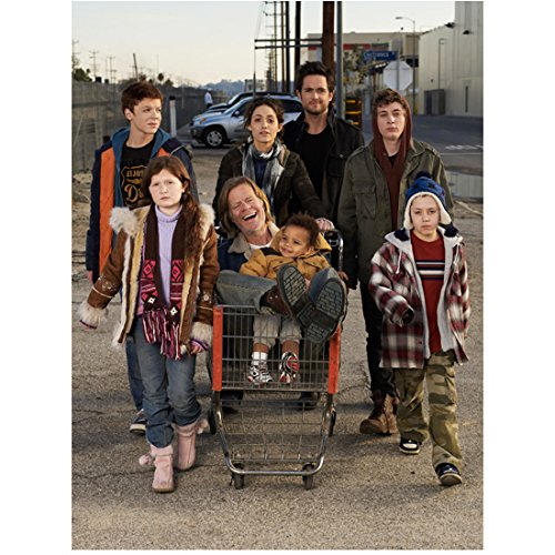 Shameless Emmy Rossum and Cast Pushing William H. Macy in Shopping Cart 8 x 10 inch - Shopping Macy's
