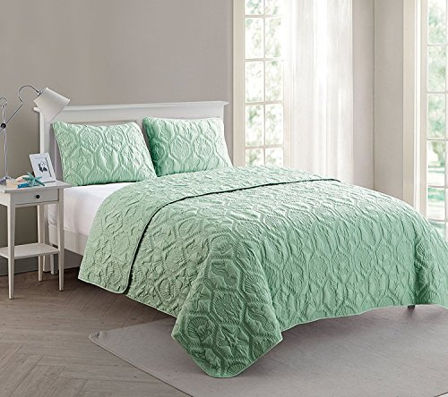 Price comparison product image VCNY Home Shore Polyester 3 Piece Quilt Set, SUPER SOFT Quilt Set, Wrinkle Resistant, Hypoallergenic Bed Set, King, Green.