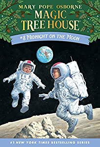 Midnight on the Moon (Magic Tree House Book 8)
