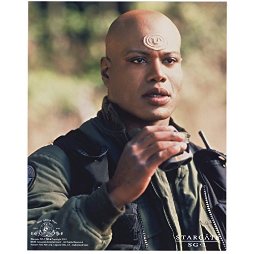 - Stargate SG-1 Christopher Judge as Teal'c Holding Viewer Outside 8 x 10 Inch Photo