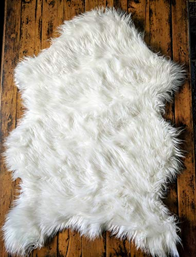 (Delectable Garden Soft White Faux Sheepskin Fur Chair Couch Cover Area Rug Baby Blanket for Bedroom Floor Sofa Living Room 2 x 3 Feet - White )
