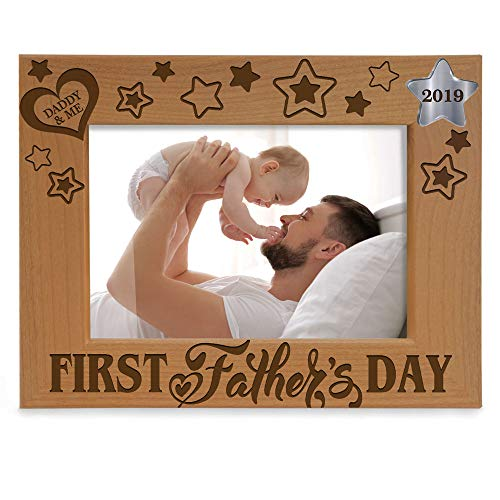 Kate Posh - 2019 First Father's Day Photo Frame - Engraved Natural Wood Picture Frame - 1st, New Dad Gifts, First, Daddy & Me Gifts (5x7-Horizontal)