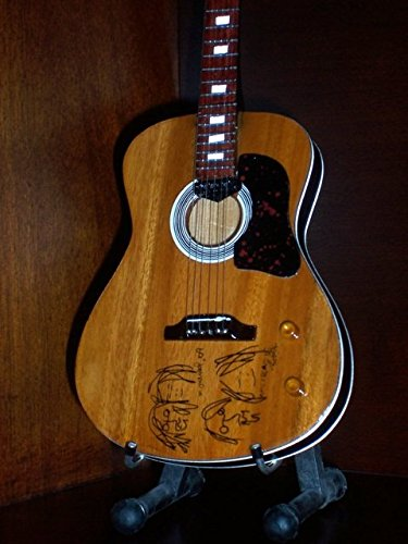 Mini Acoustic Guitar BEATLES JOHN LENNON SKETCH Statuette ()