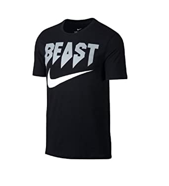 nike t shirt athletic cut