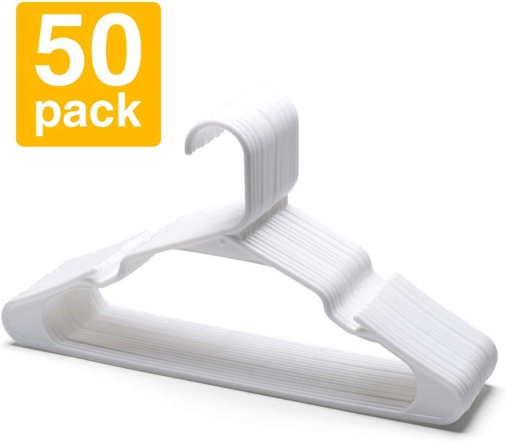 HOUSE DAY Perchas de plástico Paquete de 50 Perchas estándar para Ropa Colgadores con Muescas Delgadas y Que ahorran Espacio (Blanco)