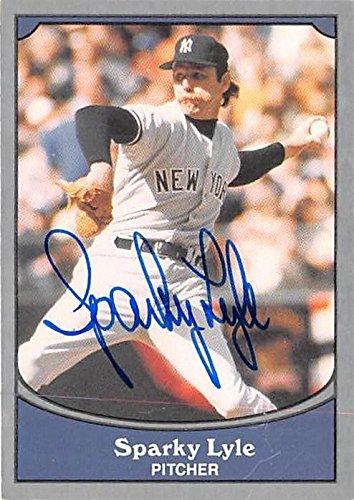 Sparky Lyle autographed Baseball Card (New York Yankees) 1990 Pacific Legends #93 - MLB Autographed Baseball Cards