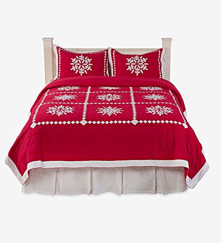 beautiful Christmas quilt set