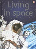 Living in Space, Katie Daynes, 1580869300