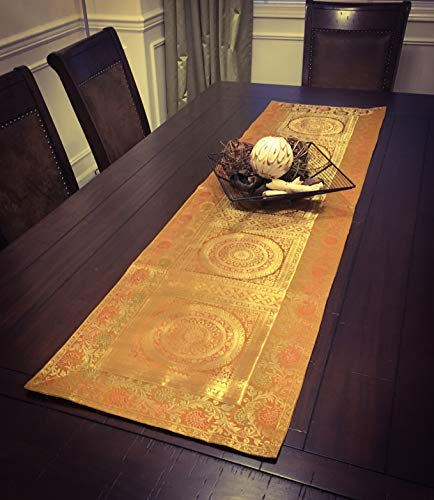 Grand Simplicity Table Runner/Wall Tapestry (Gold)
