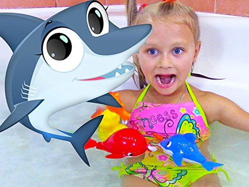 The Magic Watch Color Of (Learn colors - Bath time with Baby Shark)