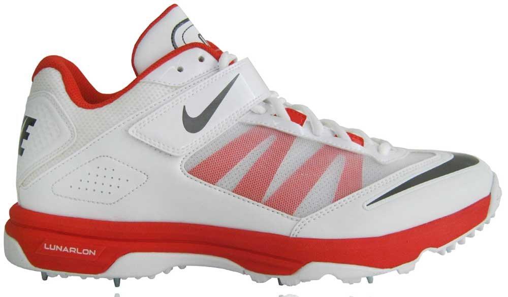 Nike Lunar Accelerate Cricket Shoes  Amazon.co.uk  Sports   Outdoors 93e52f3c6