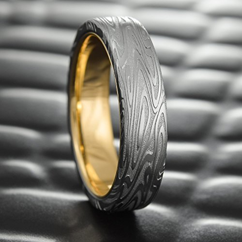 Flat Damascus Steel Men's Wedding Band with 14K Gold Liner | ORGANIC WOOD