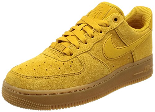 Nike WMNS Air Force 1 '07 Se, Chaussures de Gymnastique Femme, Jaune (Minera L Yellowmineral Yellow 700), 37.5 EU