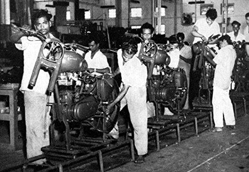 1964 1965 Royal Enfield Motorcycle Factory Photo ()