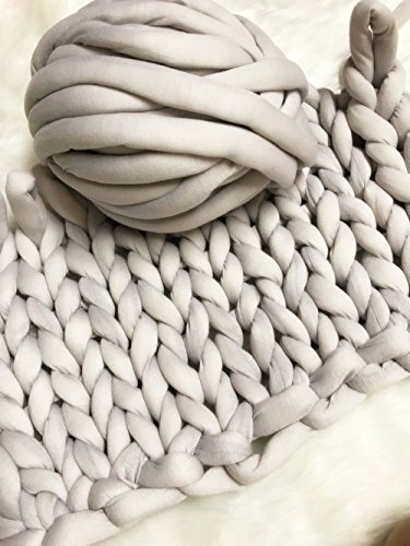 Super Chunky Vegan Yarn, Acrylic Bulky Thick Roving Washable Softee Chunky Yarn for Arm Knitting DIY Handmade Blankets (Grey, 20m) (Big Yarn)