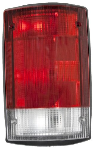OE Replacement Ford Econoline Van/Excursion Passenger Side Taillight Assembly (Partslink Number FO2801114) ()