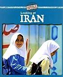 Looking at Iran, Kathleen Pohl, 0836887751