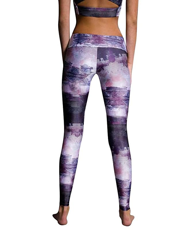 3ee05962520eda Amazon.com: Onzie Flow Legging 209 Abstract (Abstract, Medium/Large):  Clothing