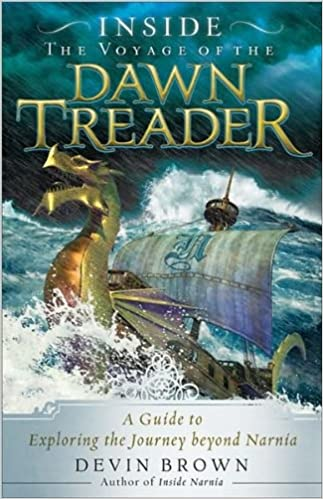 amazon com inside the voyage of the dawn treader a guide to