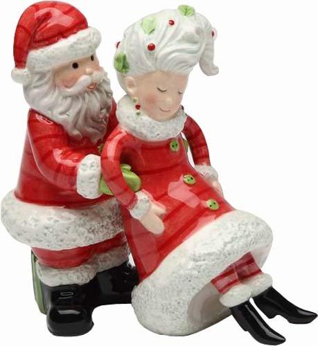 - Appletree Design I've Got Your Back Santa and Mrs. Claus Salt and Pepper Set, 4-Inch