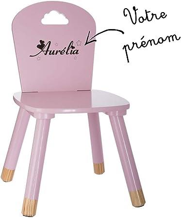 chaise en bois avec prenon pour enfant