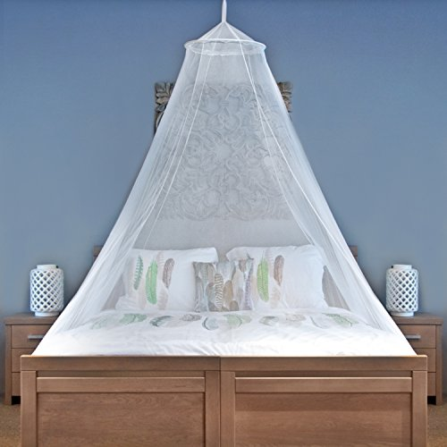 Universal Backpackers MOSQUITO NET For Single To King Size Beds - Quality Lightweight Materials, For Home And Travel - Easy To Carry & Setup With FREE Travel Bag & Canopy Hanging Kit