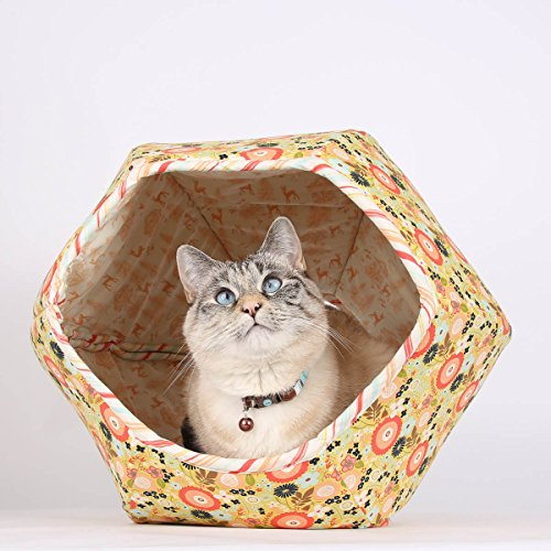Covered cat bed made in floral fabric - Cave cat bed in w...