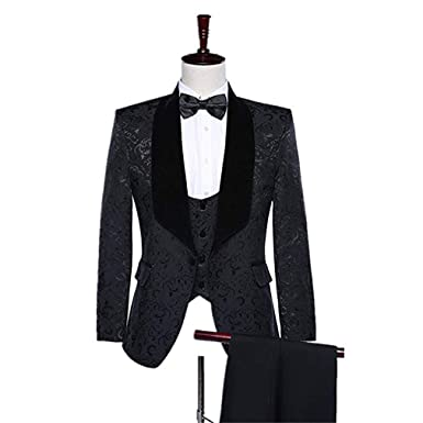 c9b5e8f781e 2018 New Brand Shawl Lapel Groom Tuxedos Red Black Men Suits Wedding Prom  Suit Best Man Blazer MA019 at Amazon Men s Clothing store