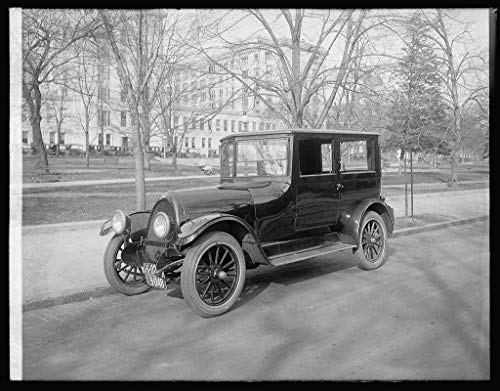 Vintography Reproduced 16 x 20 Photo of: Franklin Sedan, 1922 1922 National Photo Company