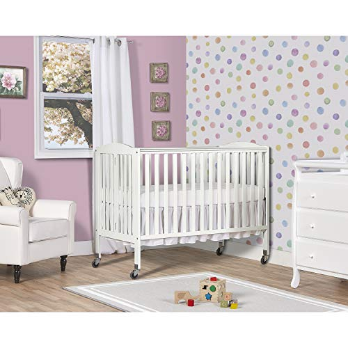 Dream On Me Folding Full Size Convenience Crib, White